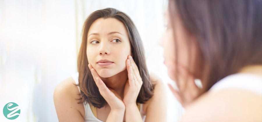 6 روش خانگی روشن کننده رنگ پوست چرب