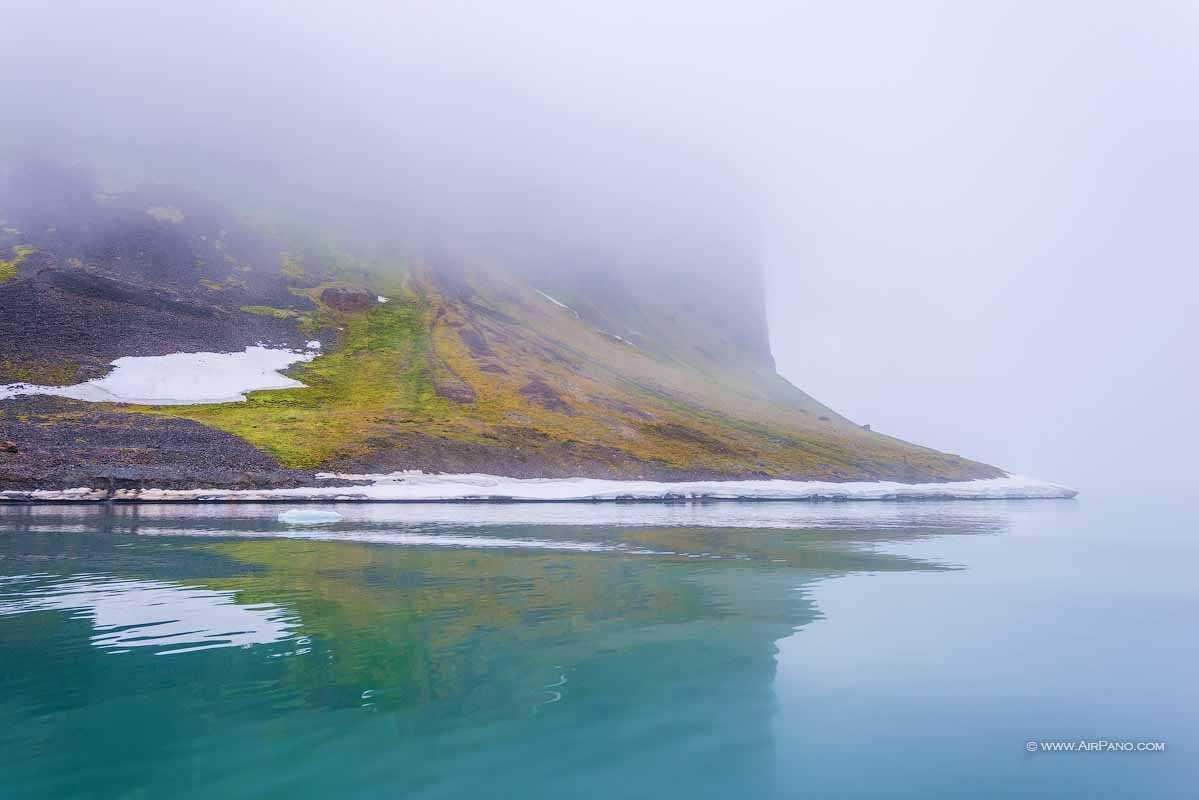 قطب شمال 2