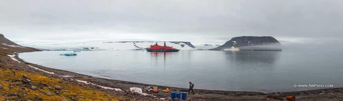 قطب شمال 19