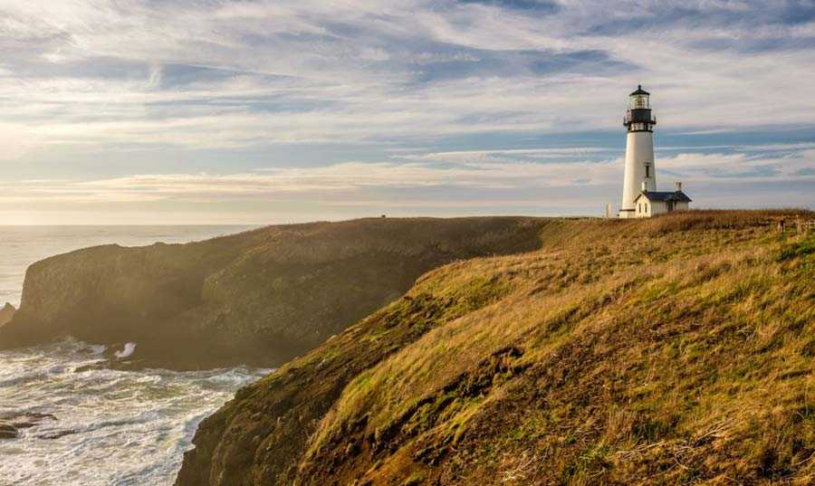Yaquina Head Light, Oregon, USA