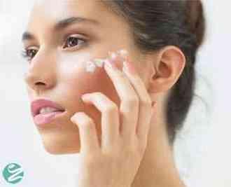 5 روش خانگی رفع خشکی پوست
