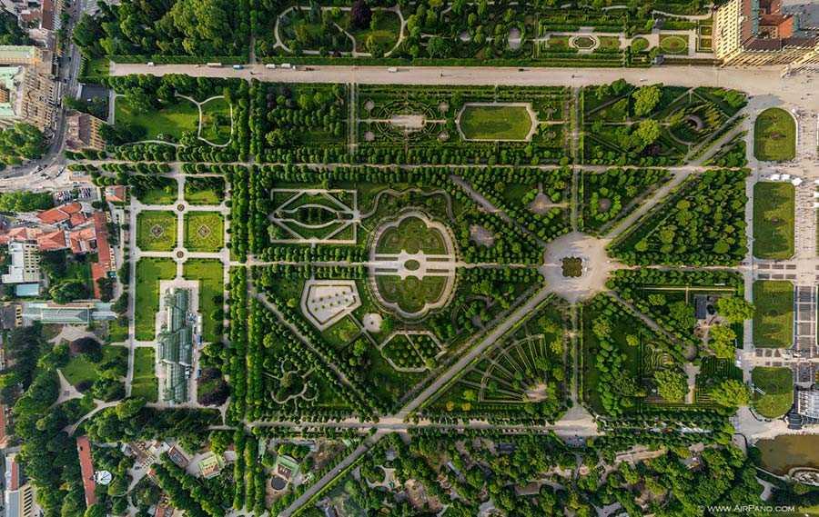 Schönbrunn Park #1