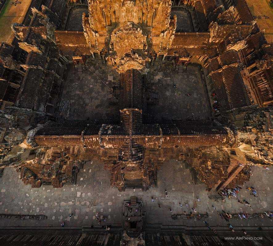 عکس هوایی معبد انگکور وات
