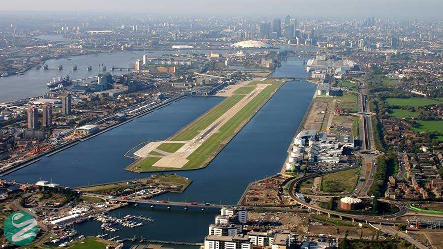 فرودگاه شهر لندن