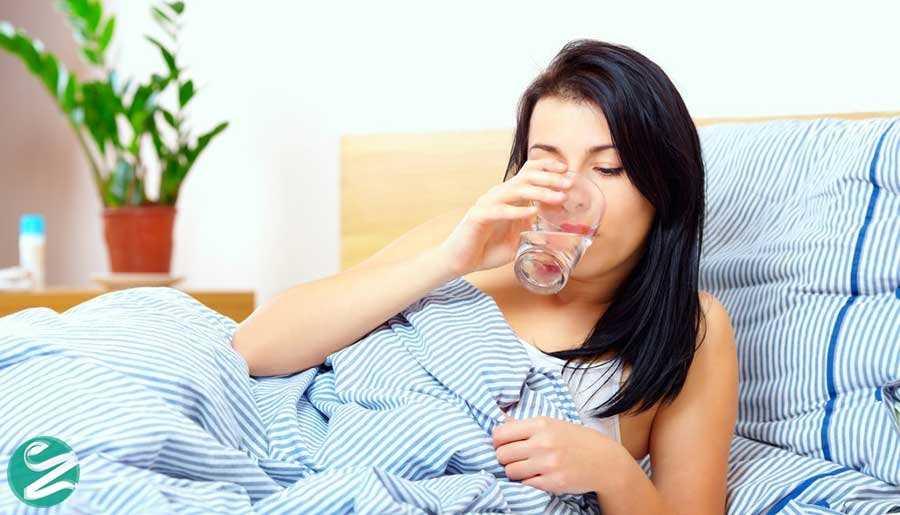 6 خواص نوشیدن آب با معده خالی (ناشتا)