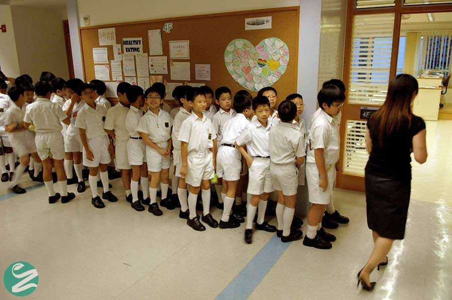 لباس فرم مدارس هنگ کنک