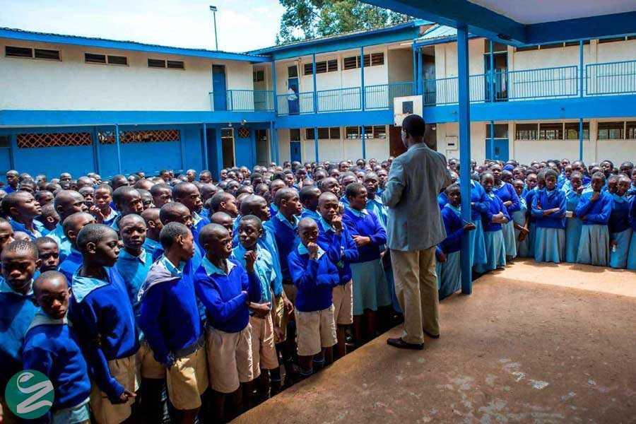 لباس فرم مدرسه پسرانه کنیا