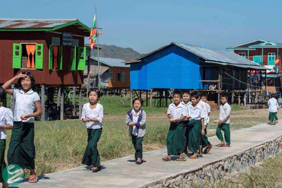 لباس فرم مدرسه در میانمار