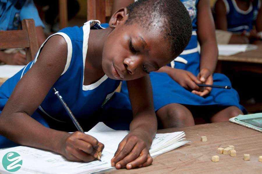 لباس فرم مدرسه ابتدایی در غنا