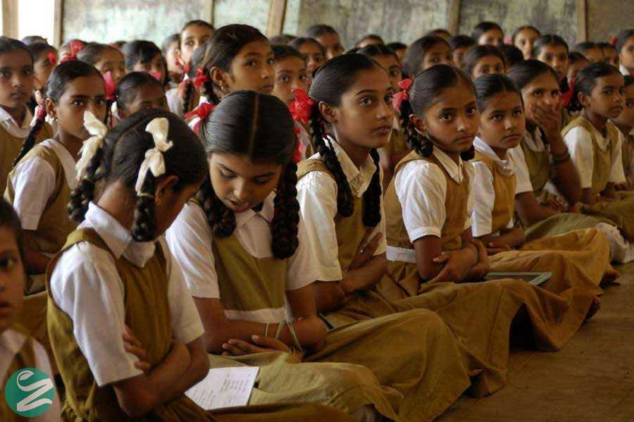 لباس فرم مدارس دخترانه هند