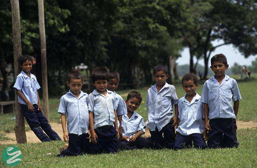 لباس فرم مدرسه در هندوراس
