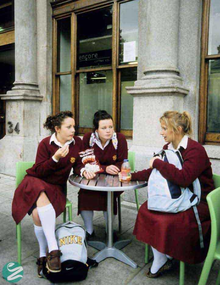 لباس فرم مدرسه در ایرلند