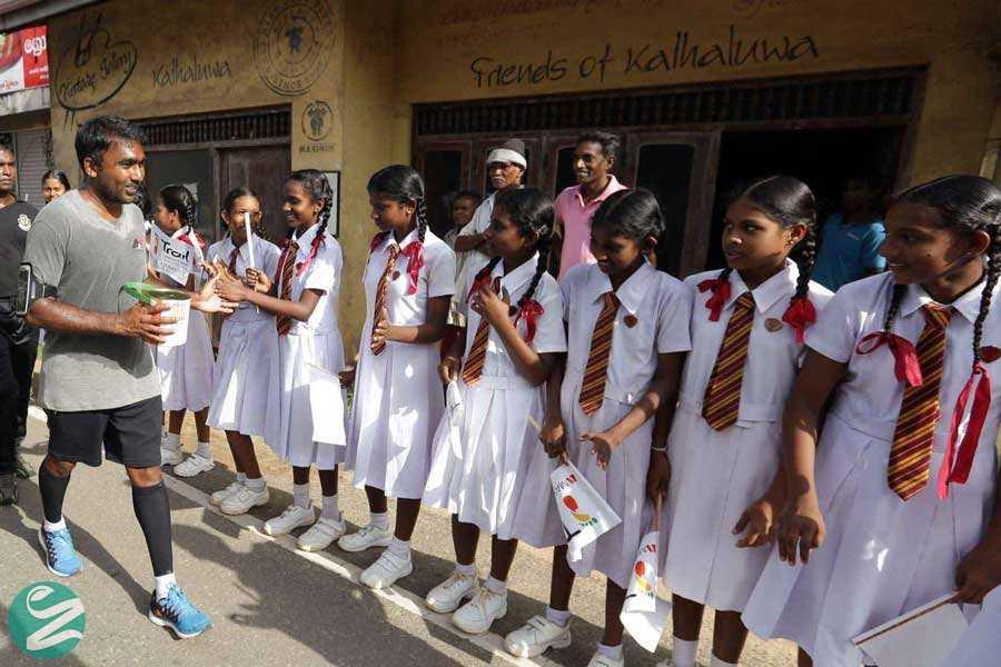 لباس فرم مدرسه در سریلانکا