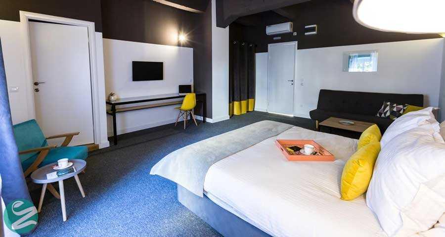 هتل بوهمین گارنی، اسکادارلیا
