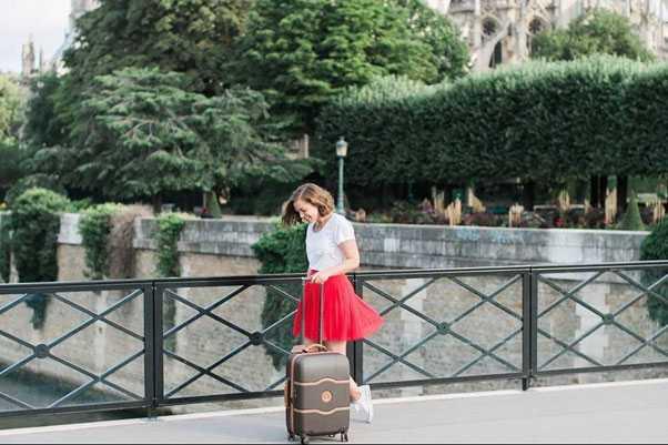 حمل کدام چمدان راحتتر است؟