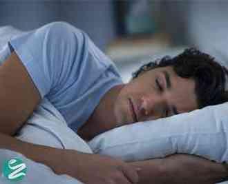 7 دلیل برای اینکه روی پهلوی چپ بخوابید
