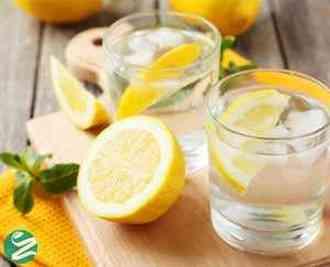 نوشیدن آب و لیمو چه خواصی دارد؟ + عوارض