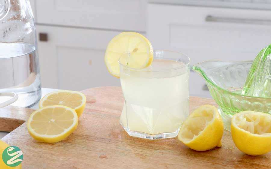 فواید نوشیدن آب و لیمو