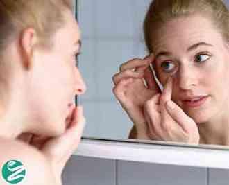 14 روش خانگی از بین بردن پف زیر چشم
