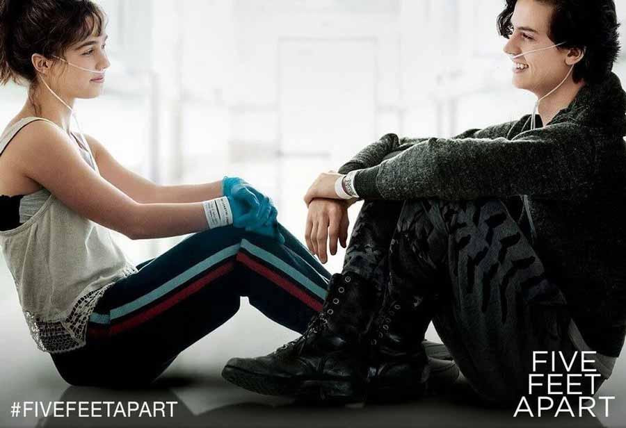فیلم Five Feet Apart (پنج قدم فاصله)