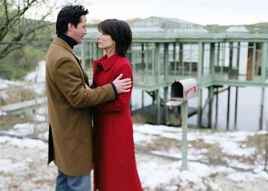 فیلم The Lake House (خانهای روی برکه)