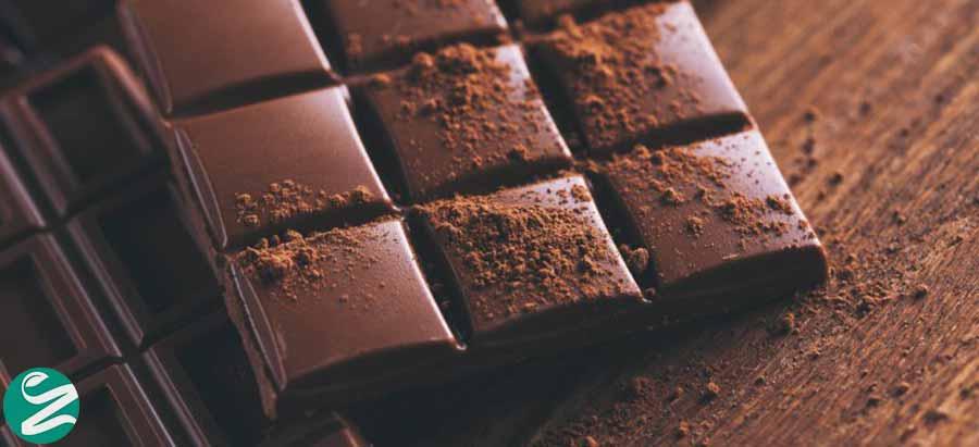 شکلات تلخ سرشار از آهن