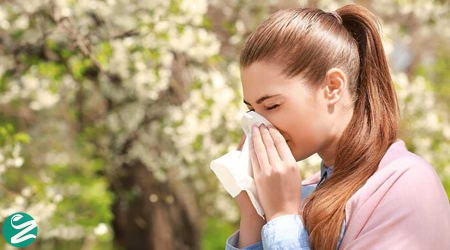 علت آبریزش بینی و عطسه در فصل بهار