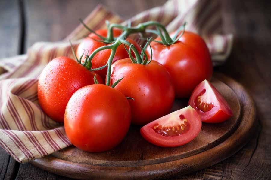 گوجه فرنگی برای سلامت پوست