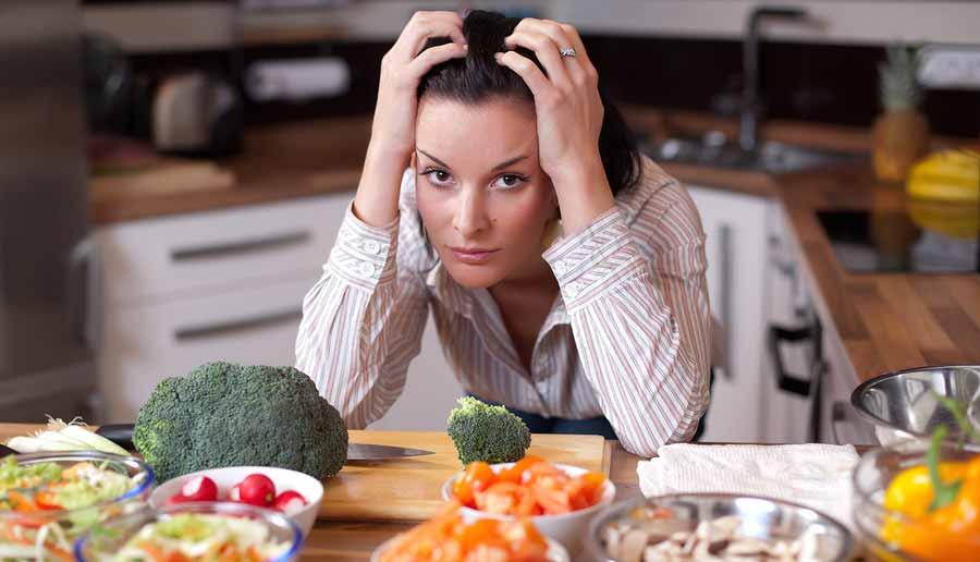 برای کاهش استرس چی بخوریم؟